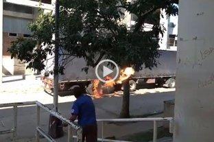 Video: previo a Colón-Banfield, atacaron un camión en inmediaciones del Brigadier López
