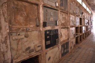 Cementerio Municipal de Santa Fe: escritos desahuciados