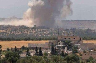 Fuego cruzado entre sirios y turcos dejó al menos 13 muertos
