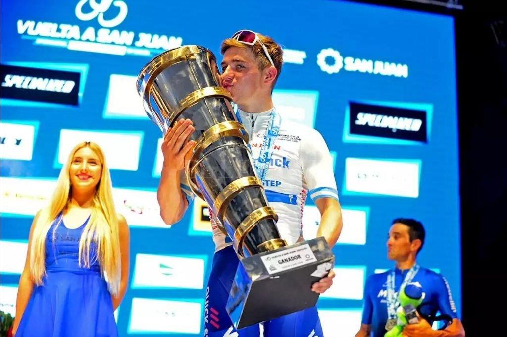 El joven belga se quedó con el trofeo mayor en la tradicional prueba cuyana.   <strong>Foto:</strong> Gentileza