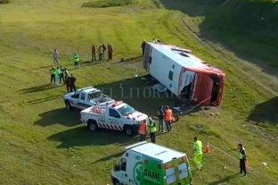 Dos muertos tras el vuelco de un micro en la Ruta 2