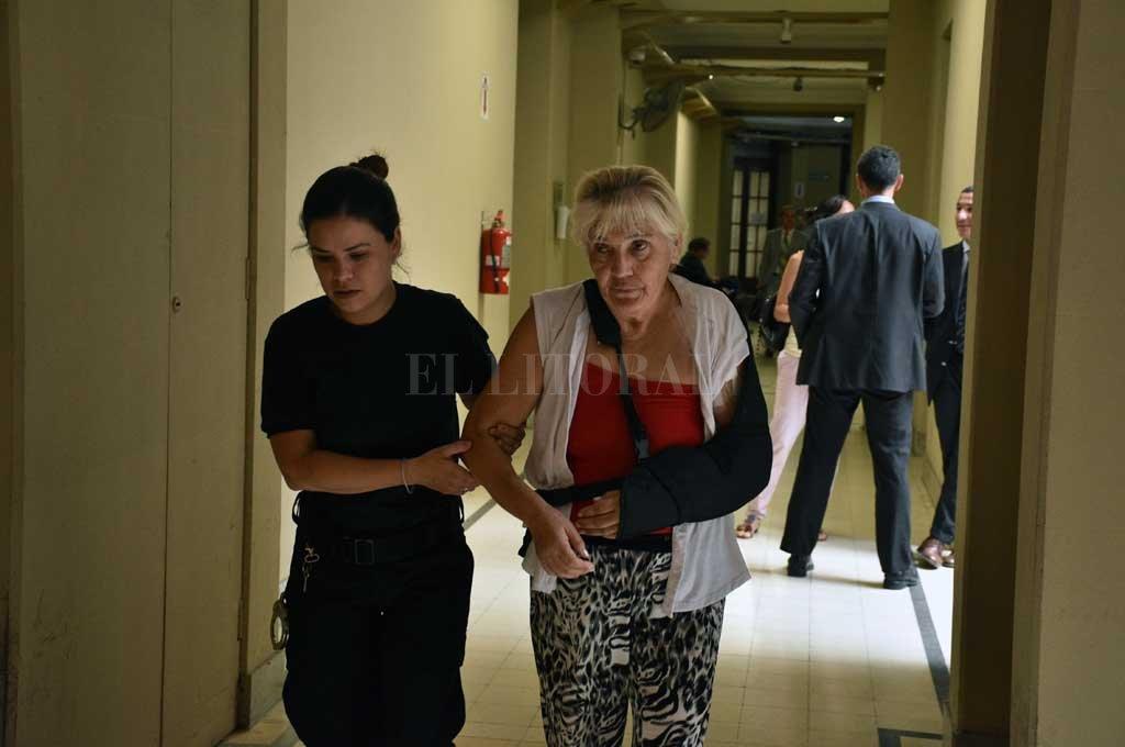 """La fiscalía solicitó la pena máxima de prisión perpetua para Aidee Buffi, acusada del """"homicidio agravado por el vínculo"""" de su esposo. <strong>Foto:</strong> Guillermo Di Salvatore"""