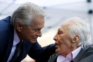 El desgarrador adiós de Michael Douglas a su padre