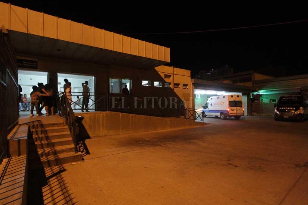 El hombre herido quedó internado en estado reservado en el Cullen <strong>Foto:</strong> Archivo El Litoral / Manuel Fabatía