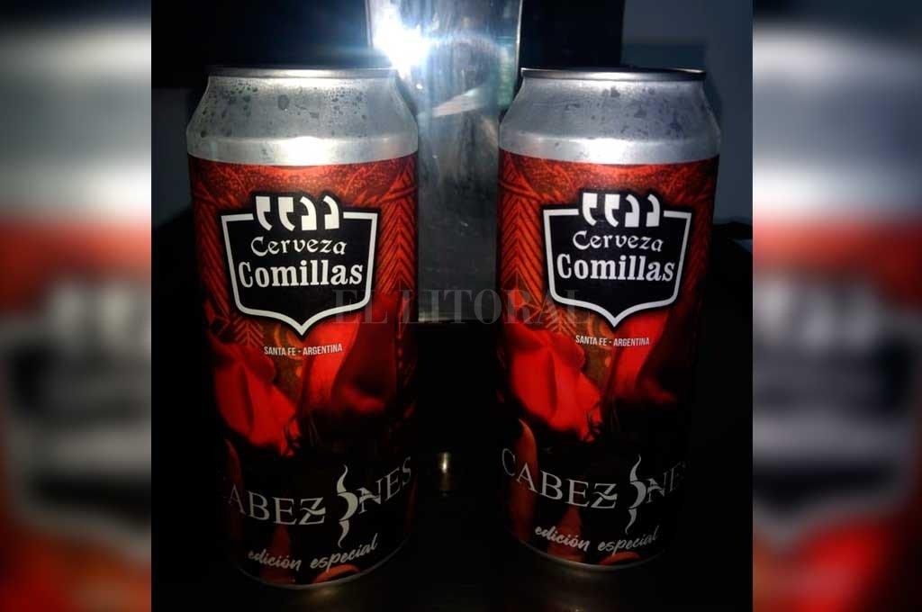 """""""Es una innovación porque la cerveza artesanal no se usan mucho en latas, por lo que estamos sumándonos a la movida"""", apuntó Adrián Robaina, de la cervecería Comillas. <strong>Foto:</strong> Gentileza Comillas"""