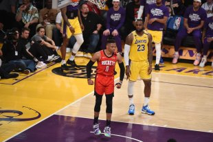 Los Angeles Lakers perdieron ante Houston Rockets