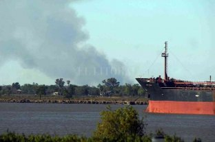 Piden más control y prevención sobre los incendios en las islas frente a Rosario