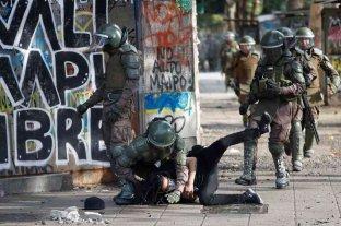 En Chile, el INDH registra 697 víctimas de golpizas por parte de agentes del Estado