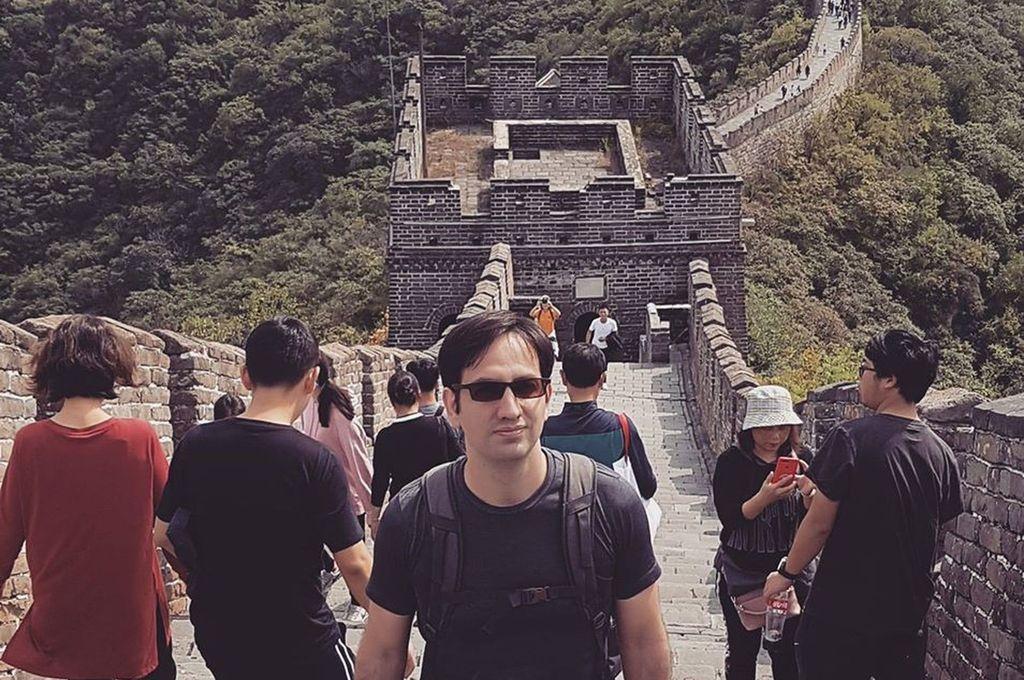 """""""Estamos preocupados, pero el gobierno está trabajando muy bien"""", sostuvo Guillermo Ferrari, concordiense que vive en Shangái."""