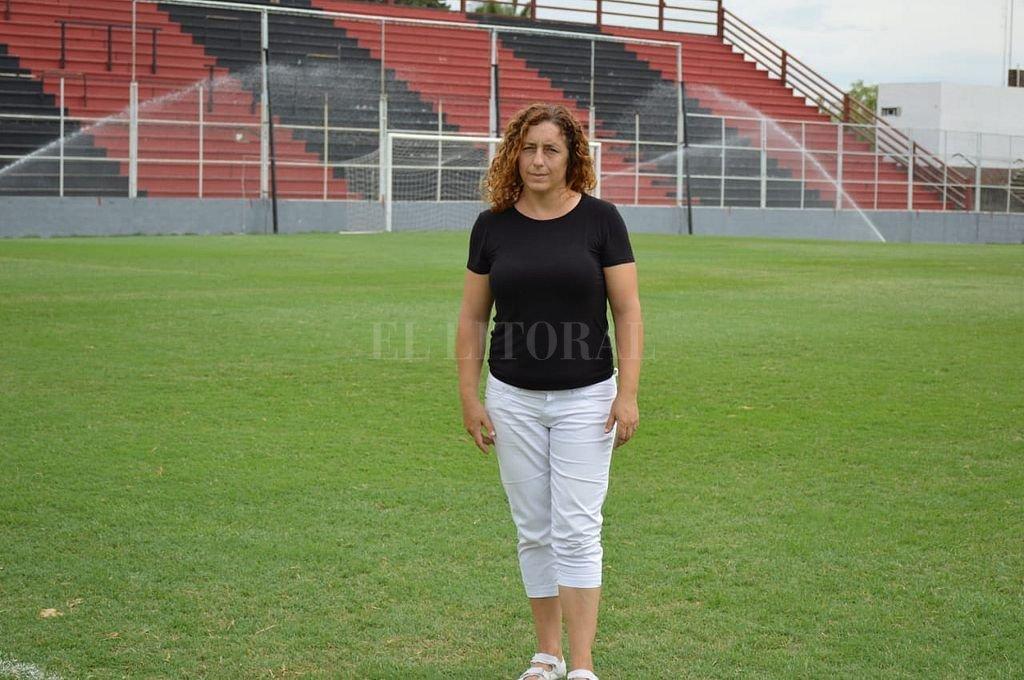 Vanina Martínez en el estadio Grella.