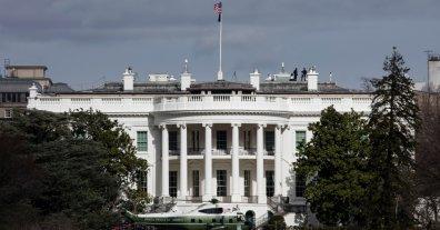 Arrestan frente a la Casa Blanca a un hombre que amenazó con matar a Trump