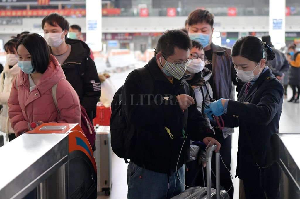 En China se extremaron las medidas de barrera contra la propagación del Coronavirus. <strong>Foto:</strong> Agencia Xinhua