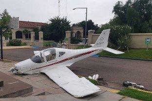 Mendoza: una avioneta aterrizó de emergencia en la vía pública