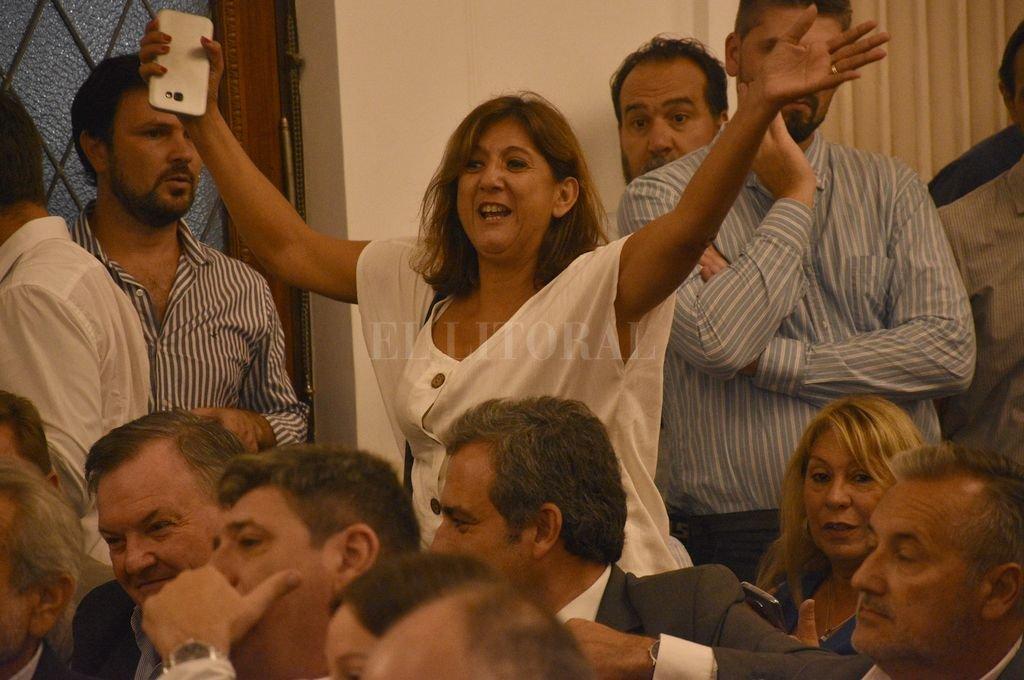 Daniela Questa durante la reunión con el ministro Katopodis.  Crédito: Mauricio Garín