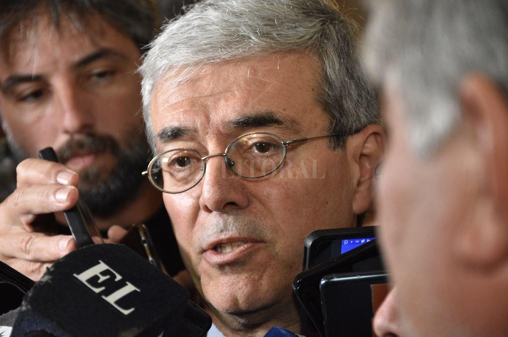 El ministro de Economía, Walter Agosto.  Crédito: Flavio Raina
