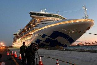 Tras descartarse casos de coronavirus, pasajeros del crucero desembarcaron en Camboya
