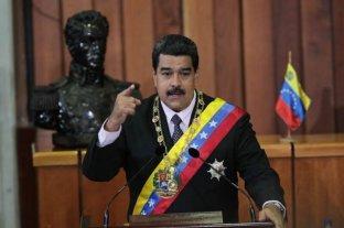 """Maduro advierte que Venezuela """"seguirá en pie"""" pese a la agresión de EEUU a su economía"""