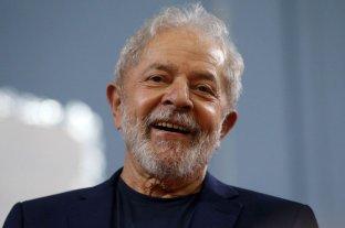 Lula partió rumbo a Roma para una audiencia con el papa Francisco