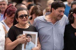 Se cumple un mes del crimen de Fernando: Marcha en el Congreso y misa en Villa Gesell -  -
