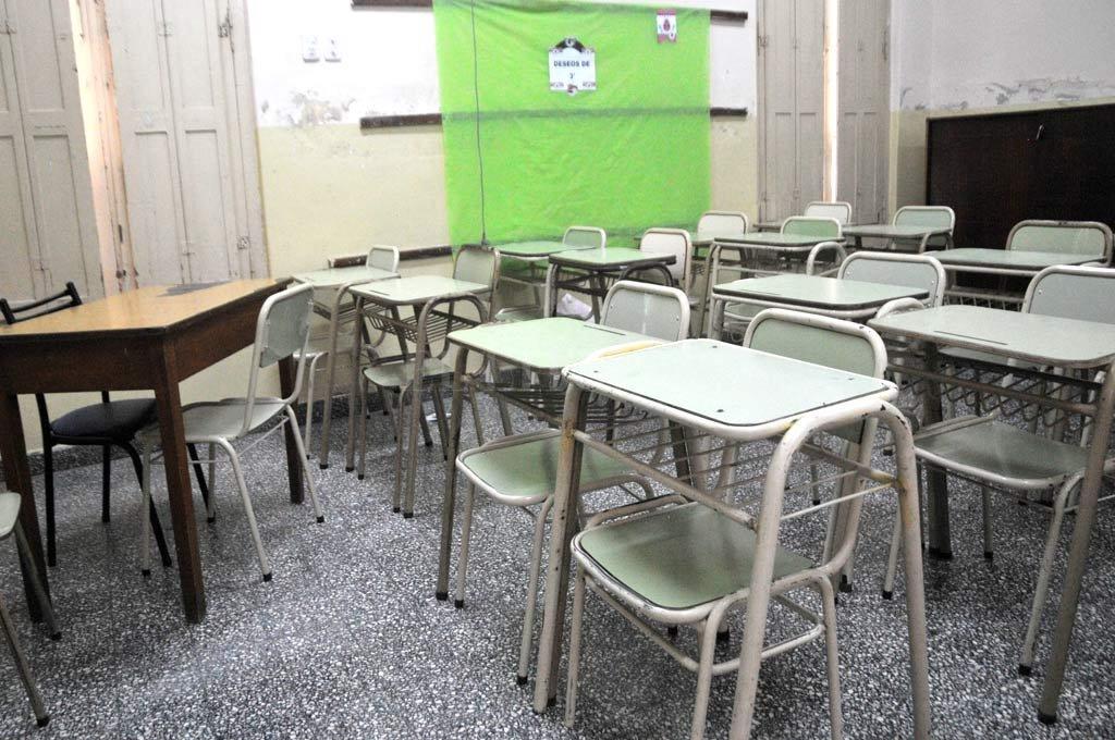 Paritaria docente: disconformidad de los gremios ante la propuesta de provincia - ¿Aulas vacías? El inicio de clases podría peligrar en la Provincia. -