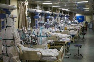 Siguen buscando a contactos de médicos con coronavirus en Inglaterra y alumnos inician cuarentena