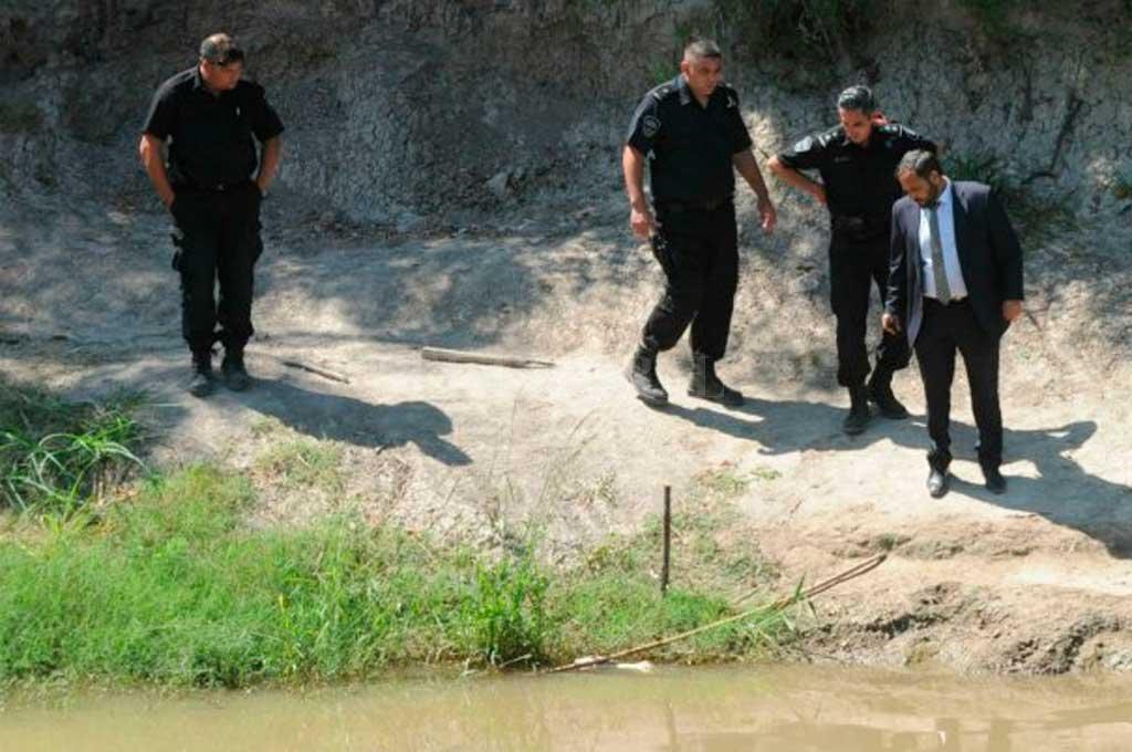 El fiscal que investiga lo sucedido en el lugar donde se produjo el hallazgo <strong>Foto:</strong> Diario La Capital