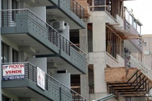 Martilleros creen que el peso llegará a ser la moneda de transacción en el mercado inmobiliario