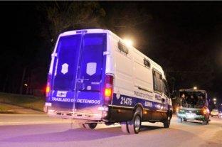 Los rugbiers serán custodiados por dos patrullas en su traslado al juzgado de Villa Gesell
