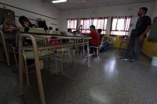 """Los docentes irán a negociar """"molestos"""" y buscando """"defender la cláusula gatillo"""""""