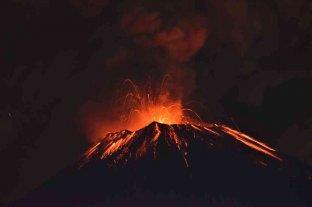Alerta amarilla ante una nueva explosión en el volcán Popocatépetl