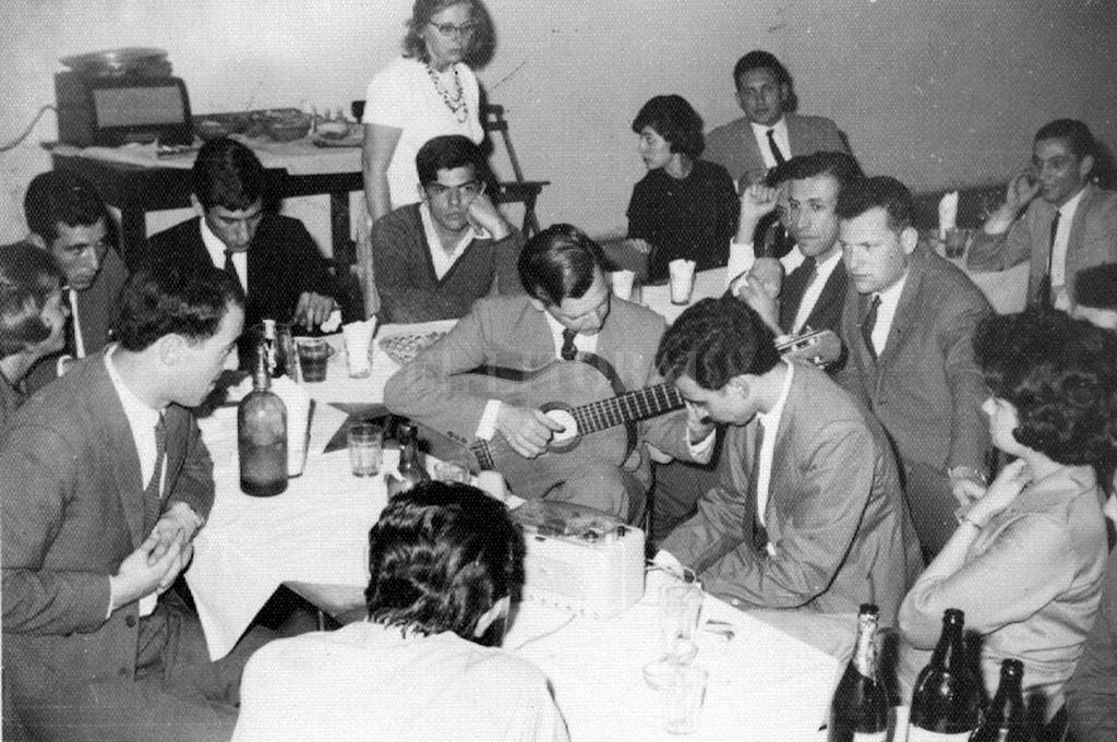 La cita era todas las noche en el Club Universitario. <strong>Foto:</strong> Archivo El Litoral