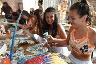 Las comparsas de Rosario se preparan de cara a la competencia en la ciudad