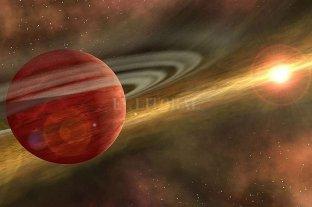 """Hallan un gigantesco planeta """"bebé"""" relativamente cerca de la Tierra"""