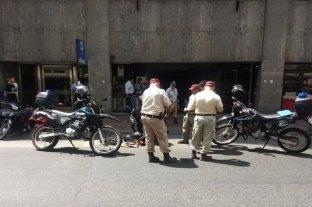 Rosario: detuvieron a dos motociclistas con 600 llaves y direcciones de domicilios