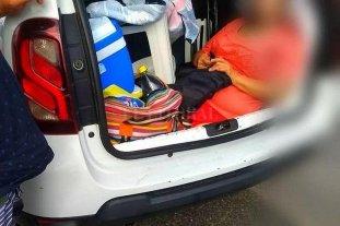 Brasil: argentino multado por llevar a su suegra en el baúl del auto