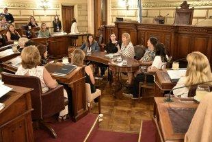 Reflexiones en el Senado sobre la mujer y la ciencia