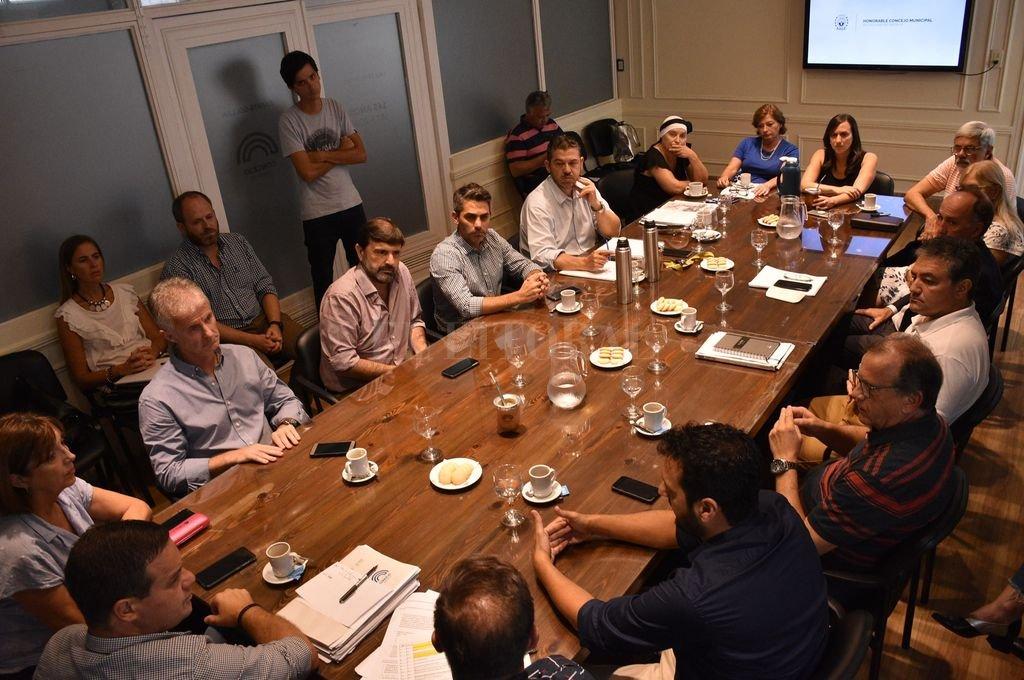 Planteos. En reunión con concejales, desde el Centro Comercial rechazaron el incremento de las alícuotas del DReI. <strong>Foto:</strong> Mauricio Garín