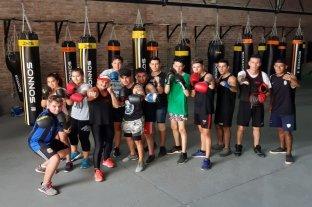 Boxeo amateur en la Costanera Oeste