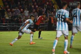 Colón rescató un empate ante Racing