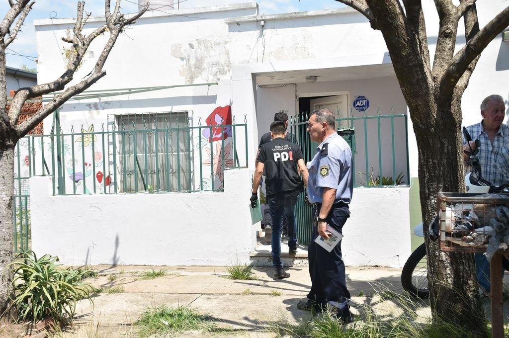 El cuerpo de Daniela fue hallado por su esposo, el domingo 19 de enero por la mañana, dentro de la casa de calle 4 de Enero 6681 donde funciona la ONG. Crédito: Flavio Raina