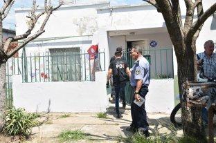 """""""Fue tan caradura que en el  velorio me abrazó y me besó""""  - El cuerpo de Daniela fue hallado por su esposo, el domingo 19 de enero por la mañana, dentro de la casa de calle 4 de Enero 6681 donde funciona la ONG. -"""