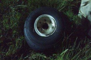 Un avión de Austral perdió una rueda cuando estaba aterrizando en Rosario -  -