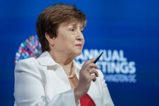 """El FMI reconoció que la deuda pública del país """"no es sostenible"""" - Kristalina Georgieva, titular del FMI. -"""