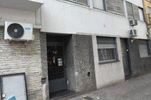 Asesinan a una trabajadora sexual de un golpe en la cabeza en un departamento de Rosario -  -