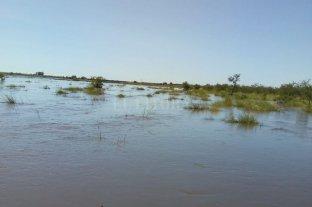 El agua tapó los caminos del norte  -