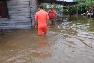 Inundaciones y más de 40 familias evacuadas por el temporal en el sur de Corrientes
