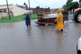 Lluvias de más de 200 mm complicaron los cascos urbanos de Vera y Calchaquí
