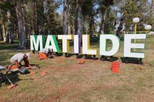 Matilde: instalan letras corpóreas en el predio del ferrocarril
