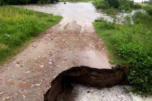 Un socavón dejó fuera de servicio al puente entre Romang y Durán