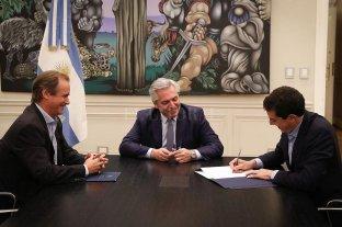 Alberto Fernandez firmó el convenio para que Concordia tenga su aeropuerto binacional